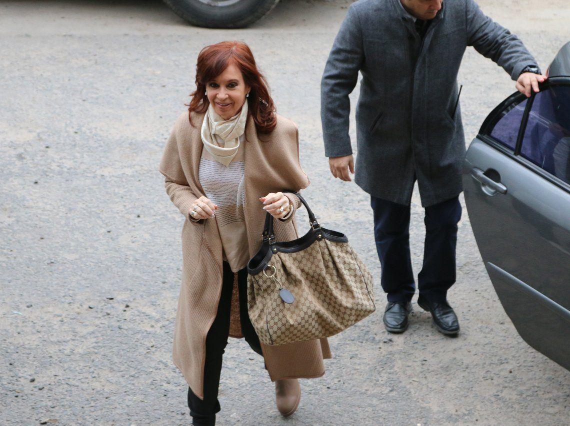 Cristina pidió autorización a la Justicia para viajar nuevamente a Cuba este martes