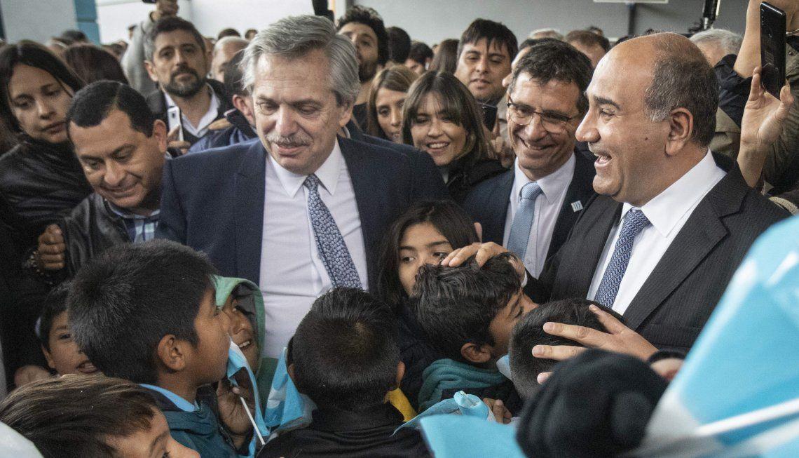 El candidato presidencial vuelve a Tucumán invitado por el gobernador Manzur.