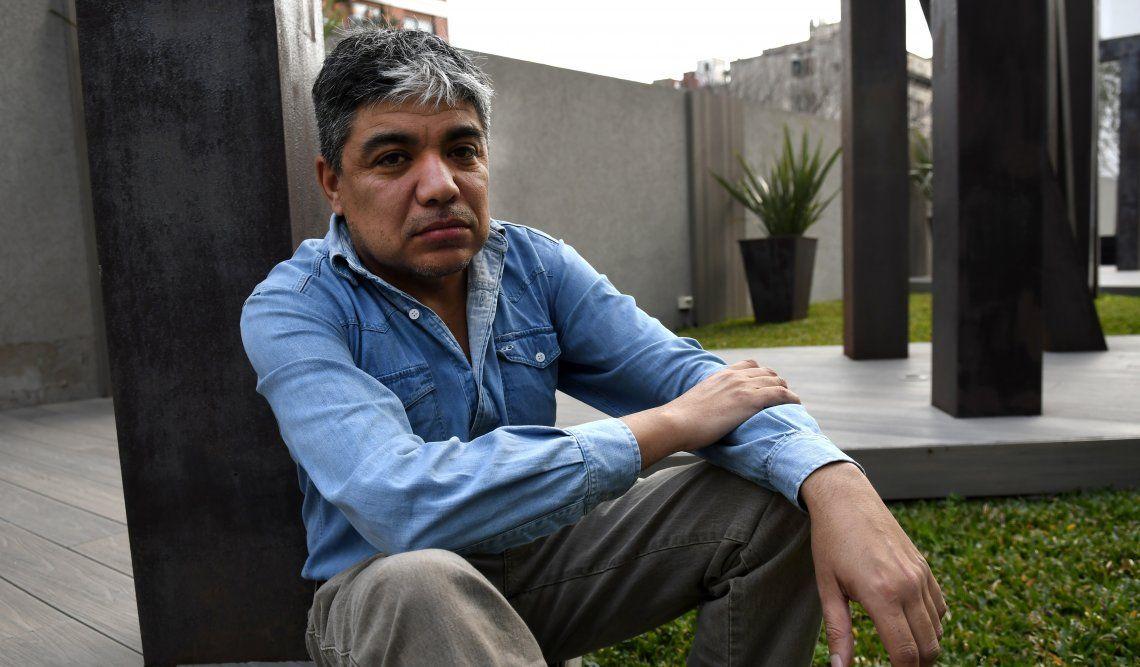 Guido Barrientos sufrió desde chico la extraña Enfermedad de Fabry y hoy ayuda a otros que la padecen.