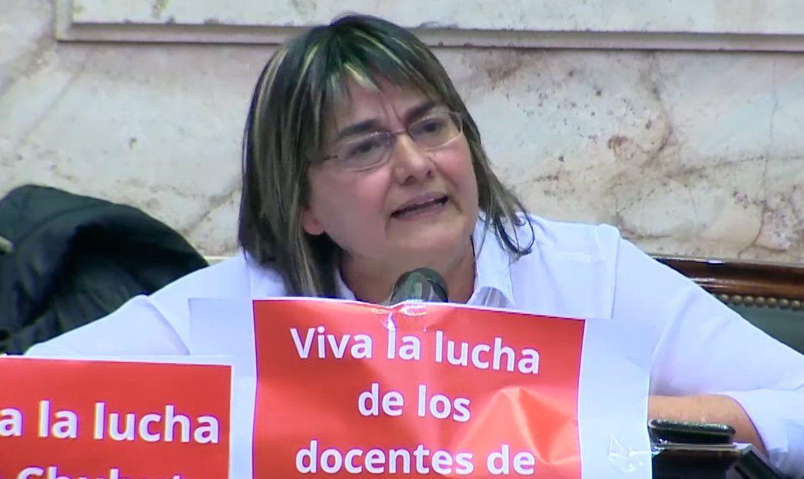 Quién es Mónica Schlotthauer, la única diputada que se abstuvo de votar la emergencia alimentaria
