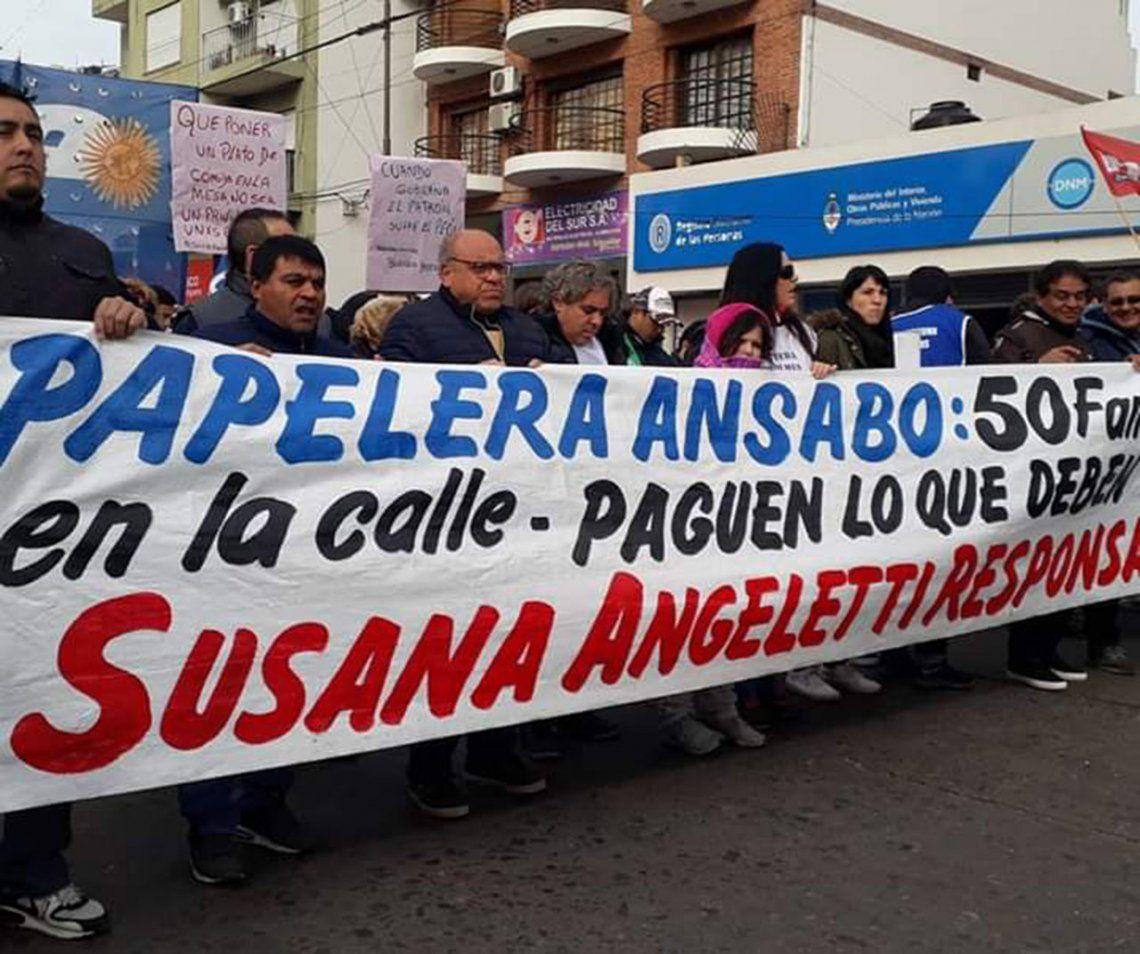 Trabajadores de Ansabo levantaron el corte del Puente Pueyrredón