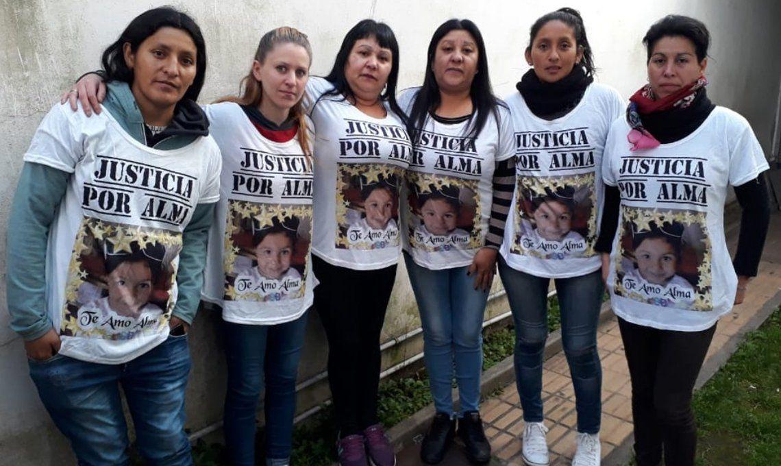Quilmes: exigen justicia por el atroz crimen de Alma cuya madre está acusada