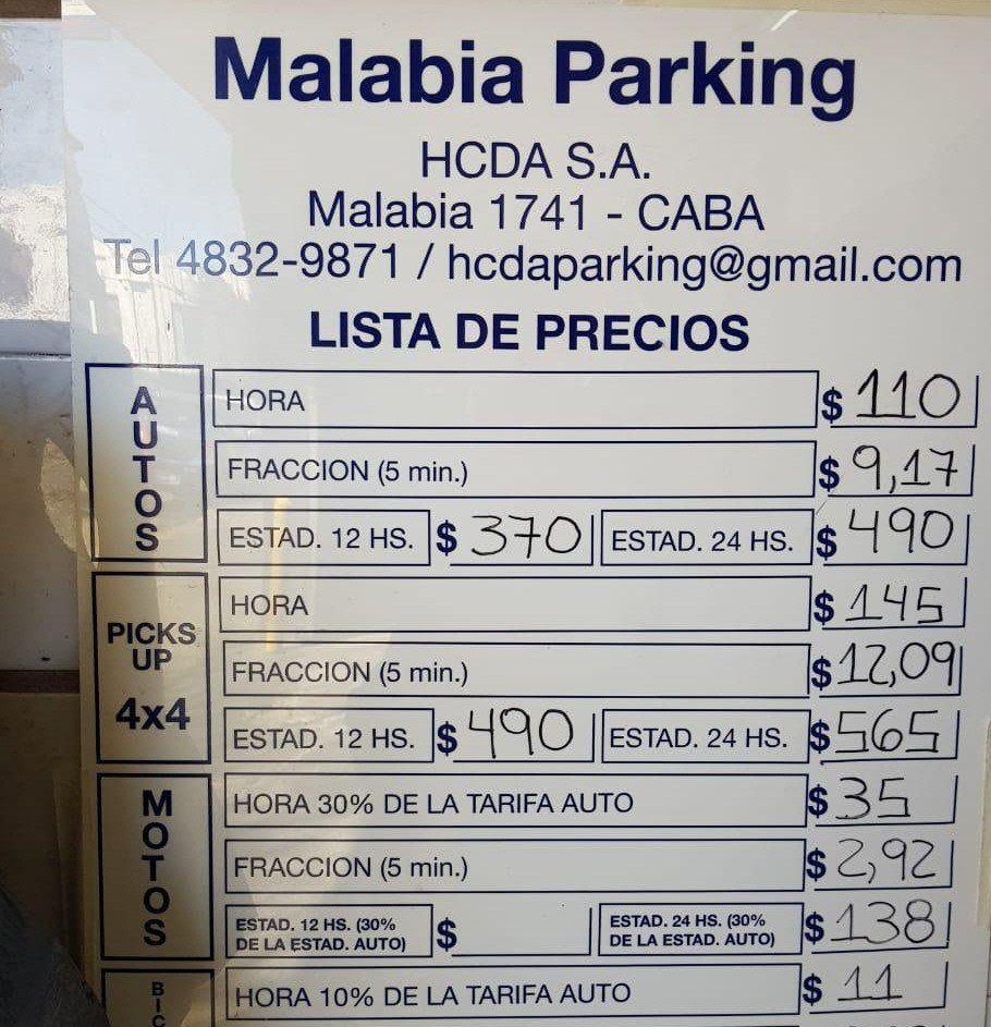 Uno de los dos estacionamientos de Daniel Muñoz que saldrán a remate.