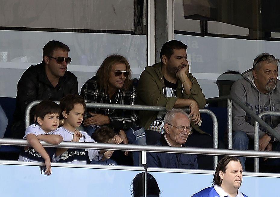 Un compañero inseparable: Caniggia fue a ver el debut de Maradona en Gimnasia