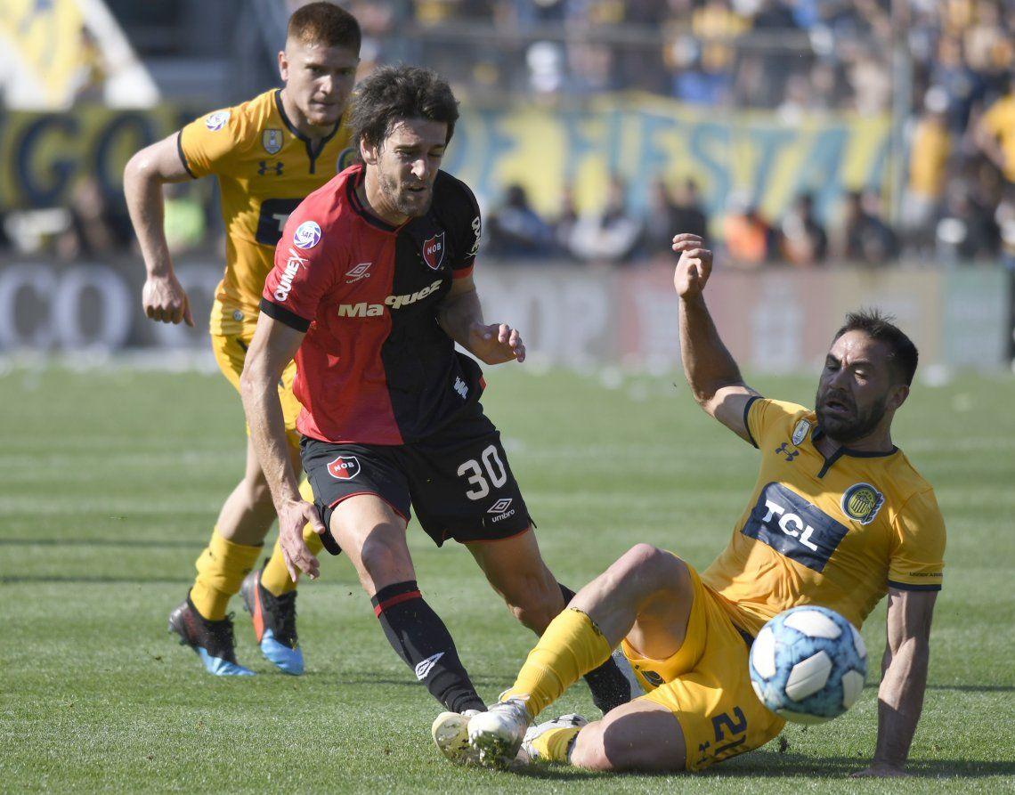 Superliga: Newells sacó ventaja, Central lo empató rápido pero el ardiente clásico de Rosario culminó en igualdad