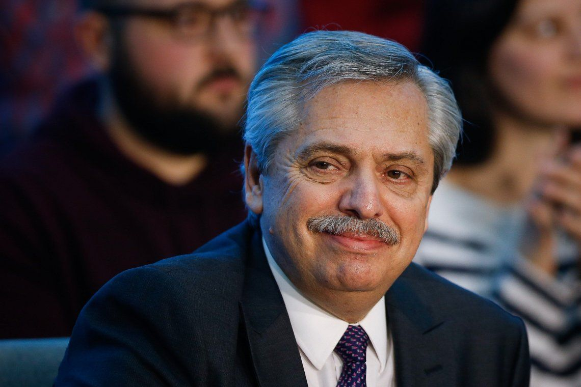 Alberto Fernández: Que Macri deje la campaña un rato y se dedique a gobernar