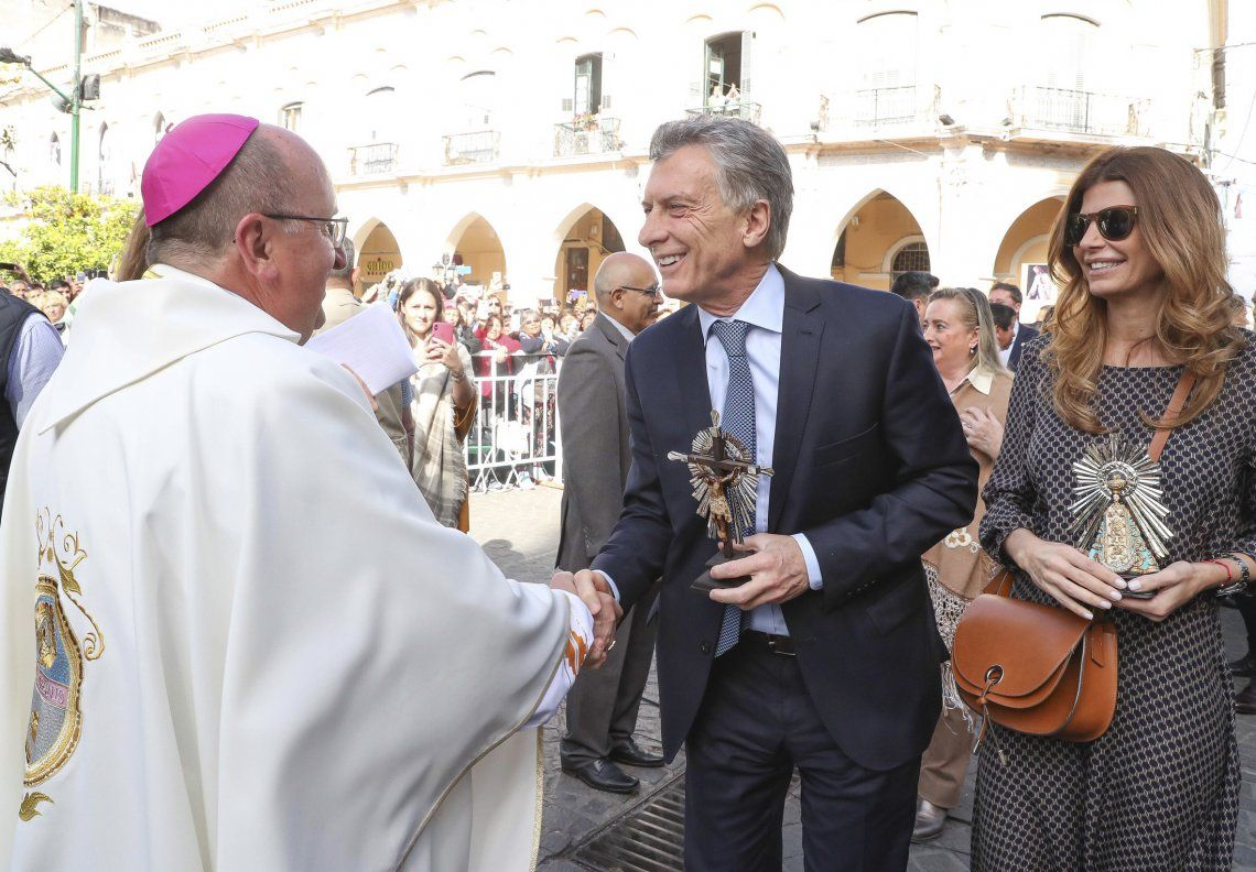 El arzobispo salteño realizó una homilía muy crítica que personificó en Macri.