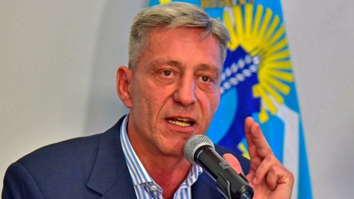 Chubut necesita casi 1.600 millones para terminar el pago de agosto a estatales