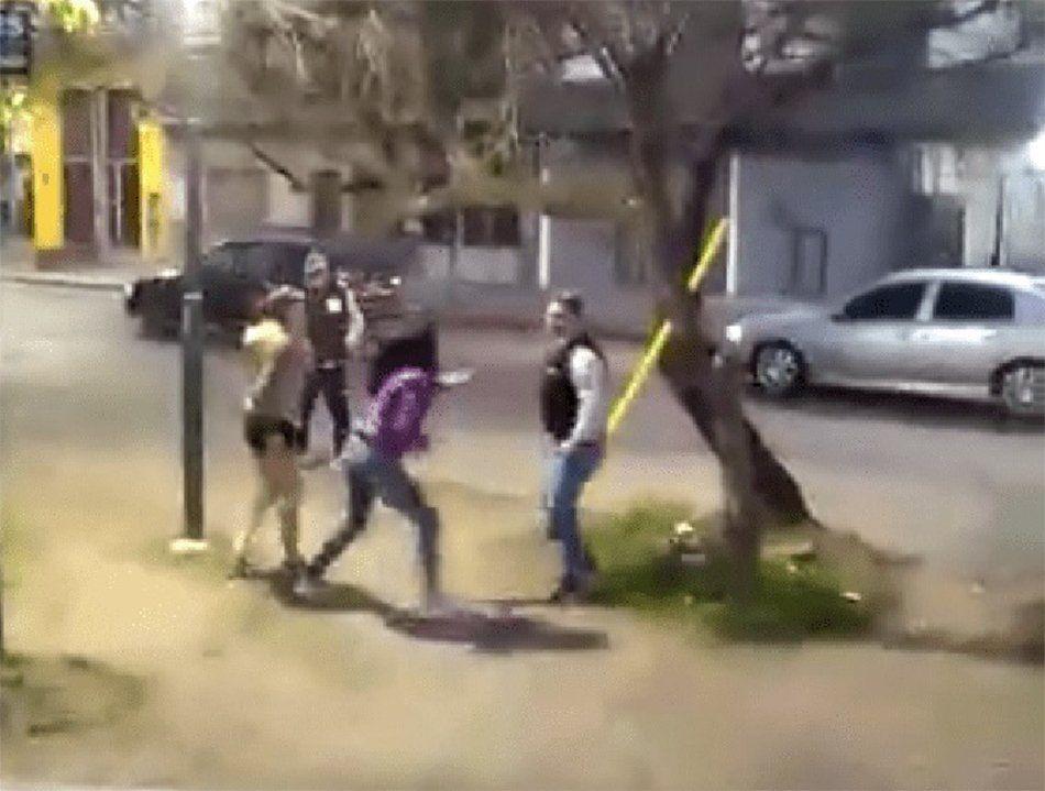 Berazategui: un chofer de la Línea 603 fue atacado por mujeres que no querían pagar boleto