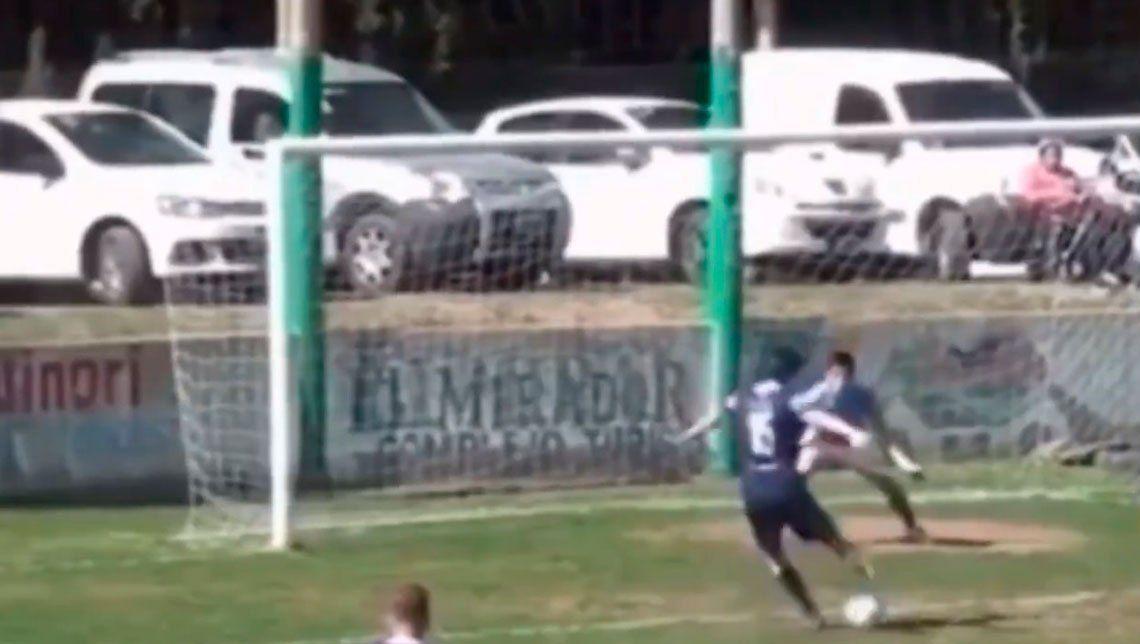 Video viral | Una serie de bloopers imperdibles: ¡no podés perderte un gol así!