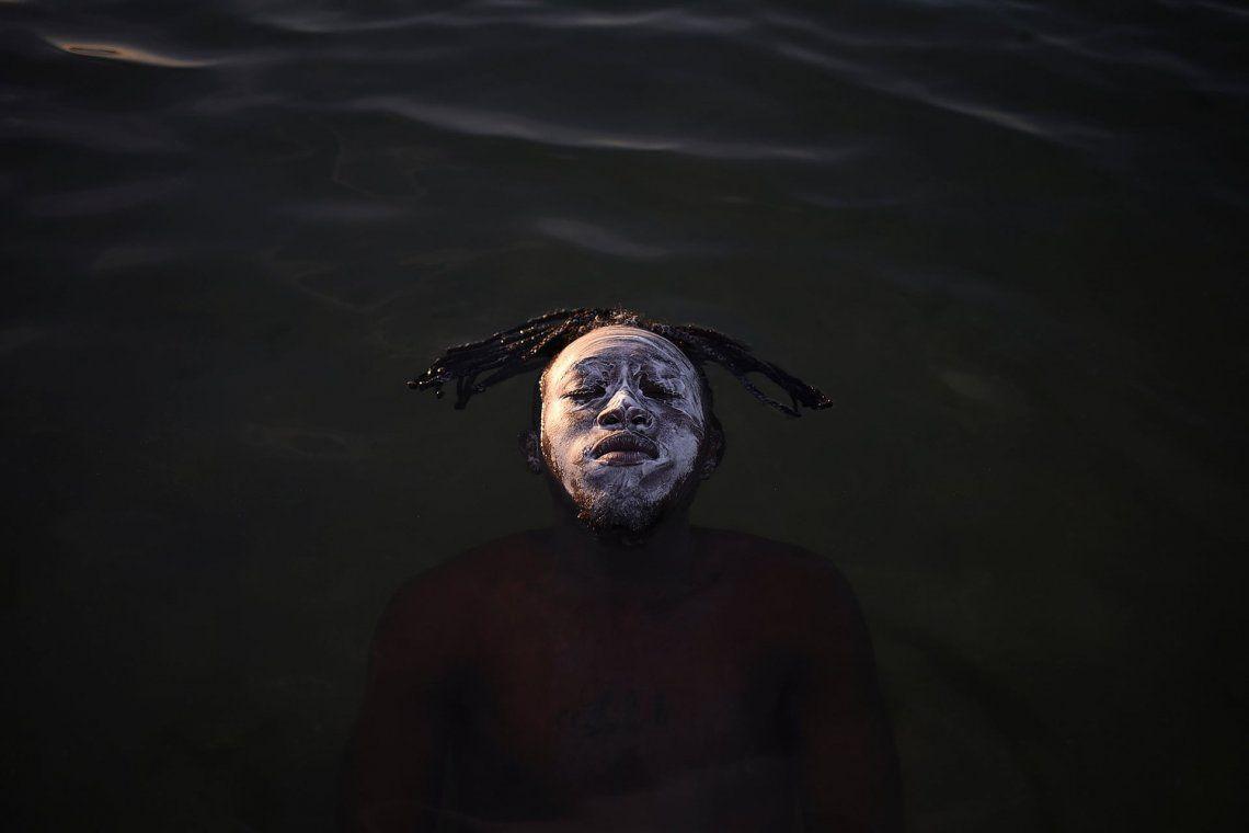 Segundo lugar: personas en la naturaleza | Retrato en la Bahía de Guanabara por Fabio Teixeira