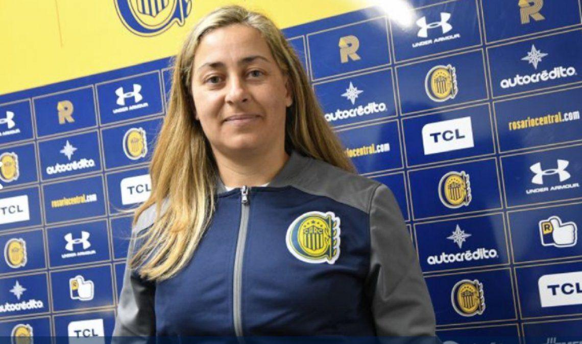 Roxana Vallejos, DT de Rosario Central: Las entrenadoras estamos bajo la lupa por ser mujeres