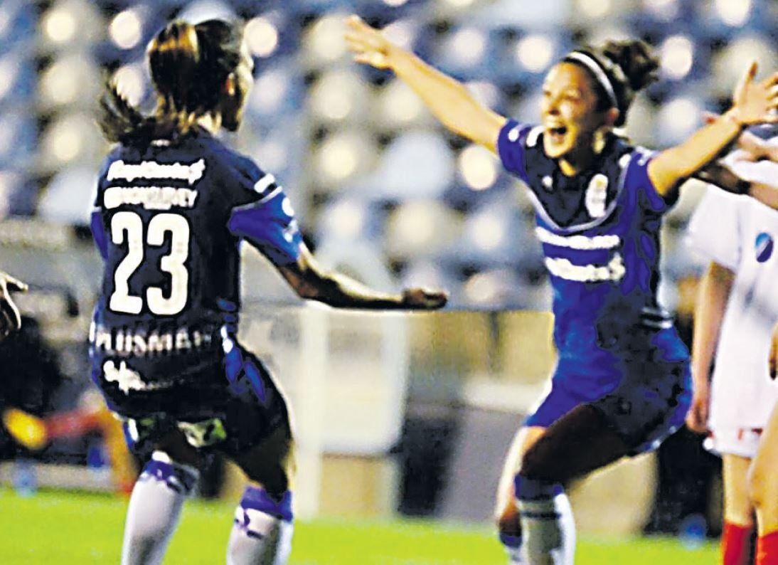 El primer torneo profesional de fútbol femenino de la historia arrancó a puro gol