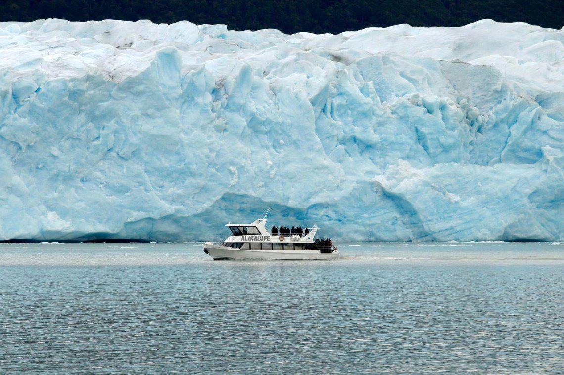 Presentaron informe de glaciares: representan 8 mil km cuadrados