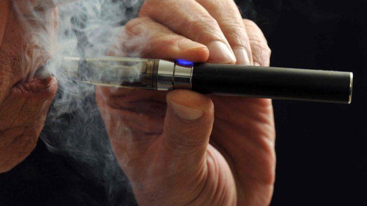 Se pronunciaron en contra de su uso como herramienta para dejar de fumar.