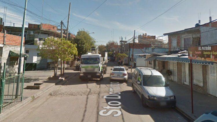 La calle Santo Domingo, en donde se produjo el tiroteo con saldo fatal.