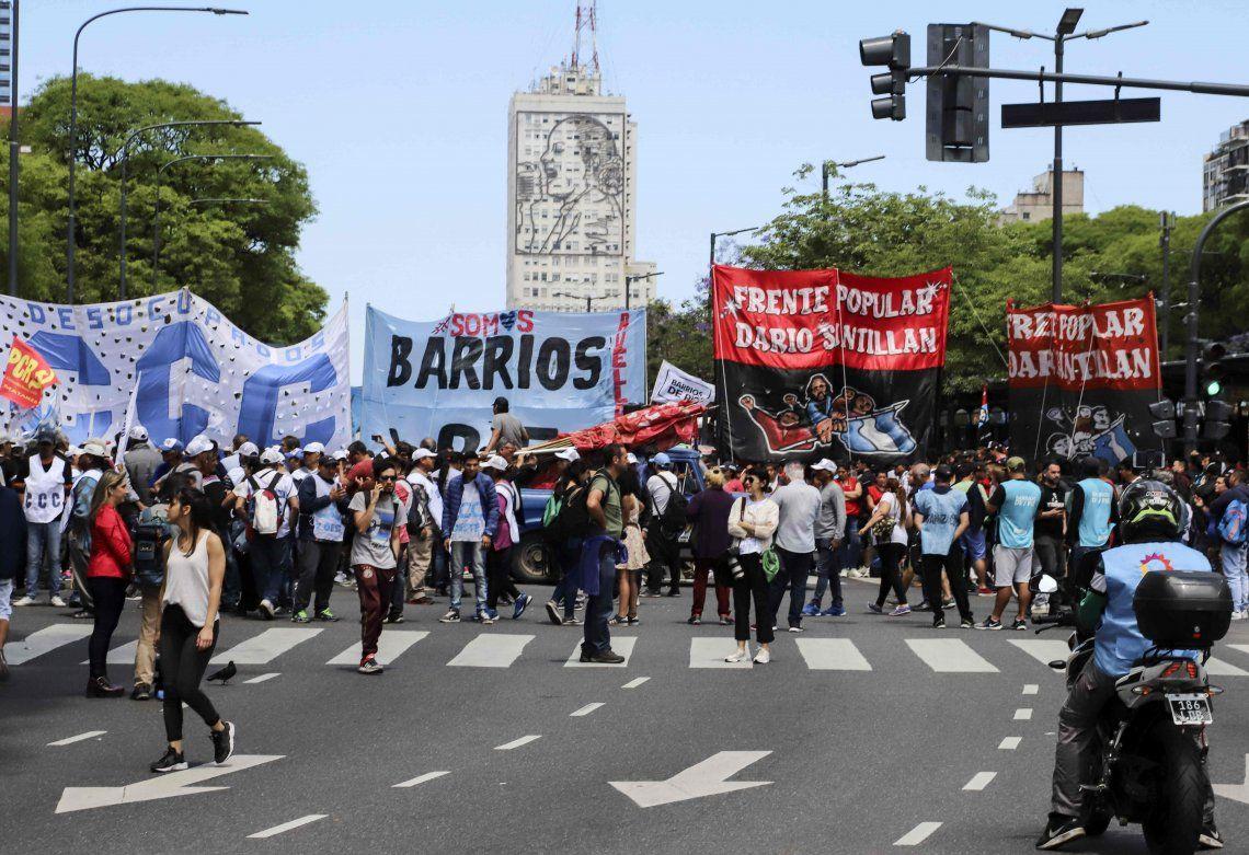 Movimientos sociales realizarán una nueva movilización a Plaza de Mayo para reclamar mejores en los programas