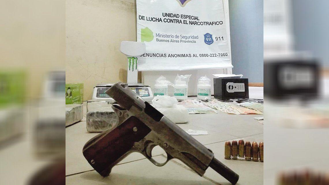 Cinco detenidos acusados de tráfico de cocaína