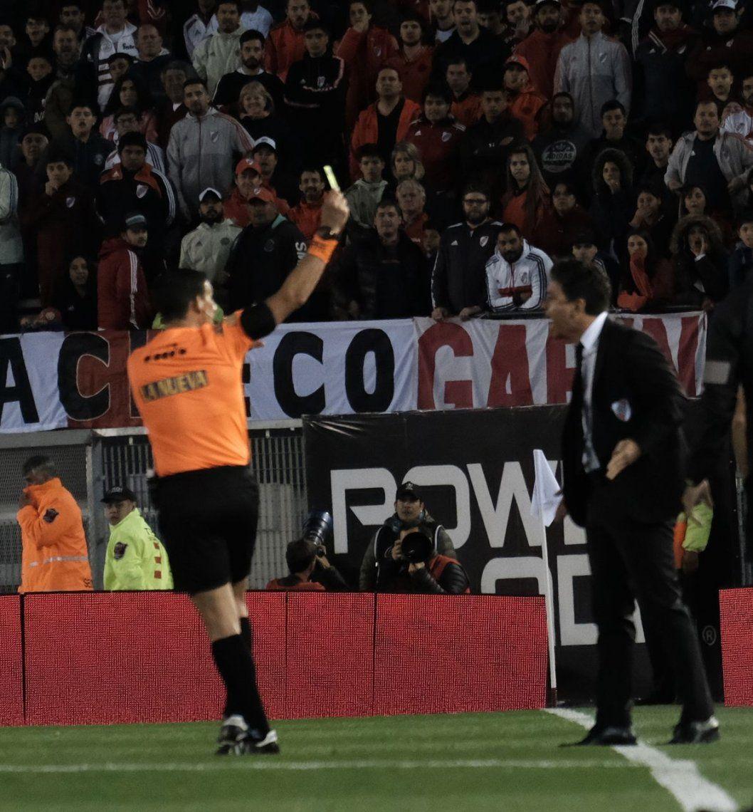 Gallardo tuvo una noche a puro enojo con Merlos: qué dijo sobre el árbitro