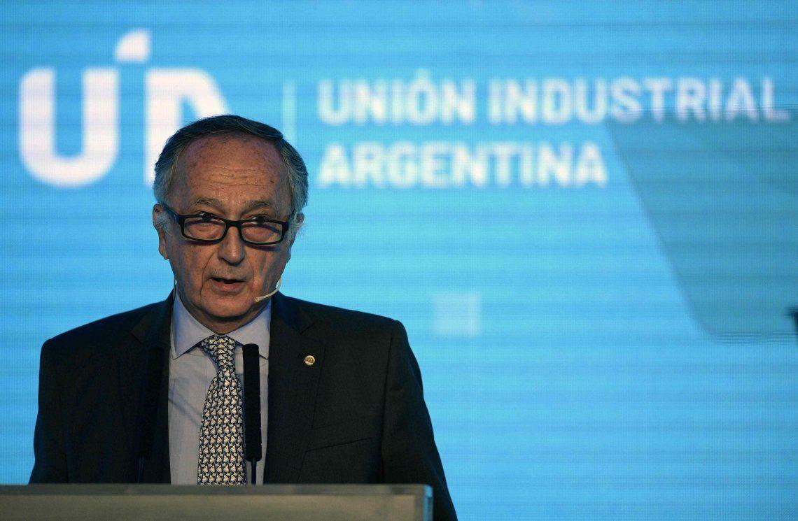 Miguel Acevedo, presidente de la UIA, pronosticó que vienen años muy duros y dijo que Macri ignoró a la industria