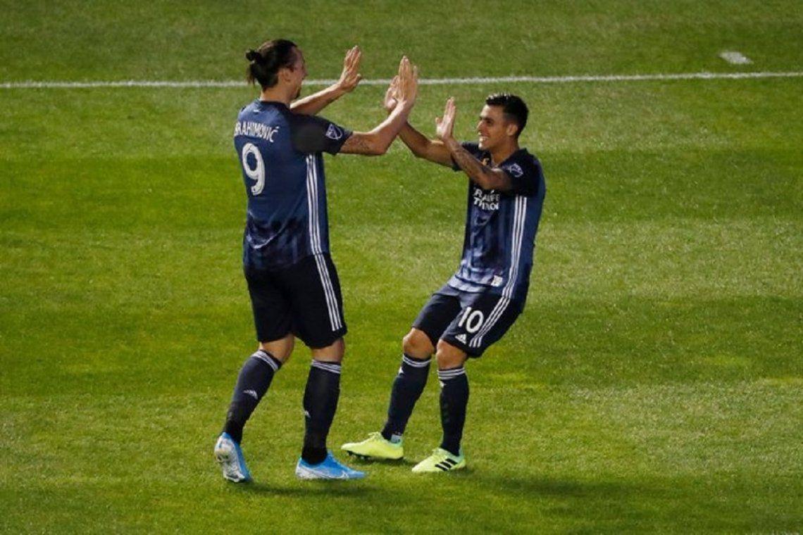 Zlatan y Pavón llevaron a Los Ángeles Galaxy de Guillermo Barros Schelotto a los playoffs de la MLS