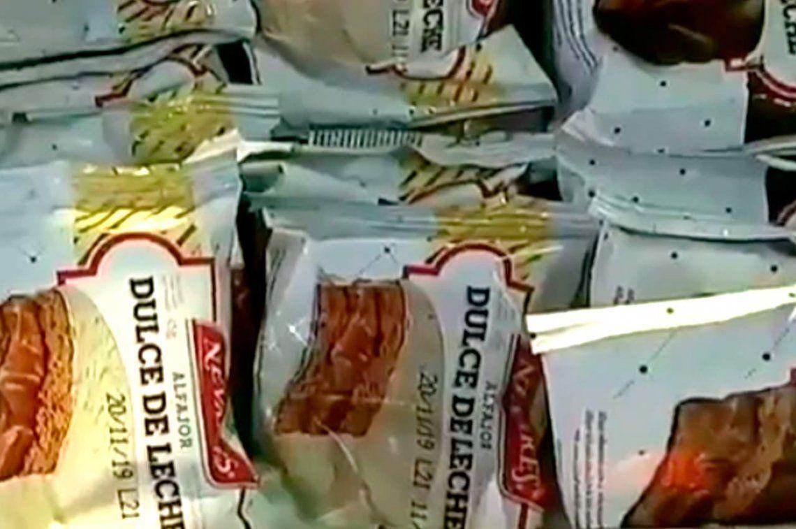 Sin Fulbito, ni Nevares: la ANMAT ordenó retirar del mercado varios lotes de alfajores y budines