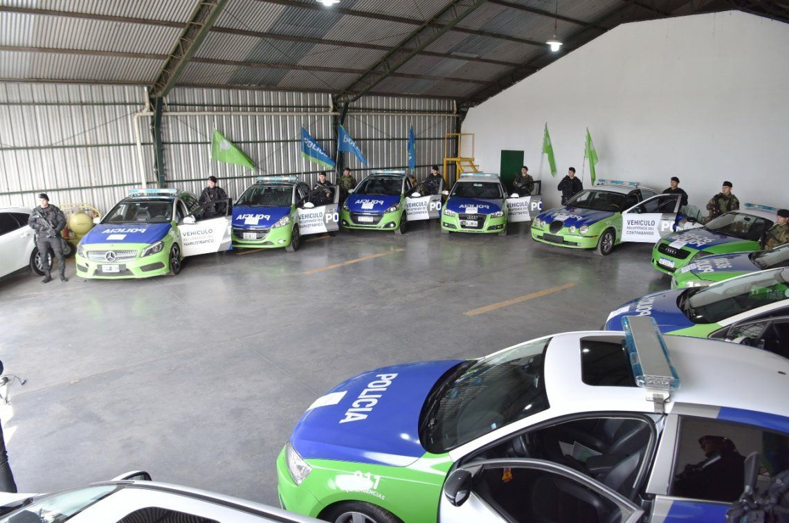 Ritondo presentó 72 autos recuperados del narcotráfico