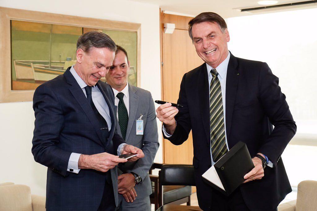 Pichetto se reunió con Bolsonaro en Brasil