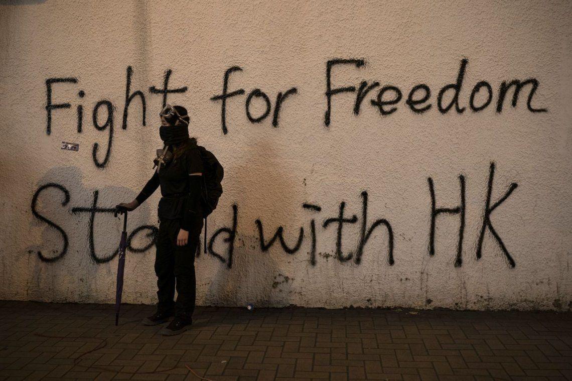 Las fotos de la represión a las protestas en Hong Kong por el 70° aniversario del comunismo en China