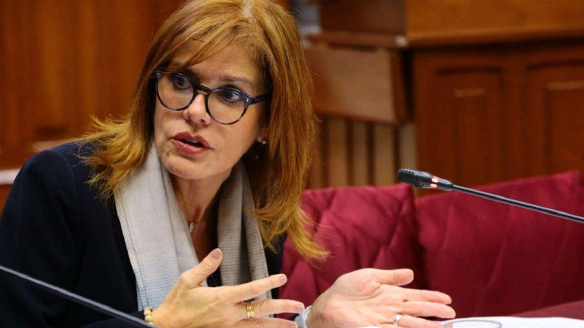 Crisis en Perú: Mercedes Aráoz renunció a la presidencia interina y pidió por elecciones anticipadas