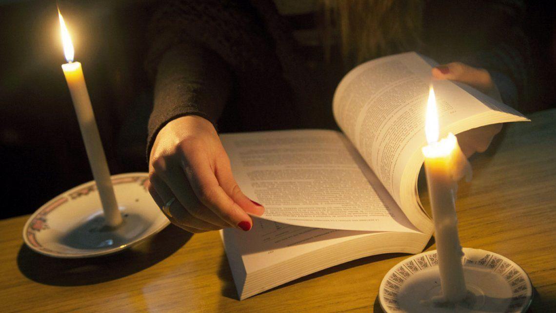 Aún quedan más de 5.300 usuarios sin luz