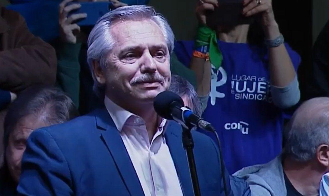 Alberto Fernández en la reunificación de la CTA y la CGT: Voy a dejar de pagar la usura de los bancos con las Leliq