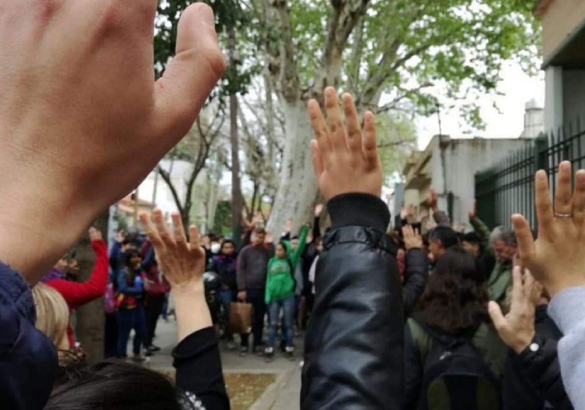 Lomas de Zamora: crece la polémica en la Escuela Técnica 7 de Banfield