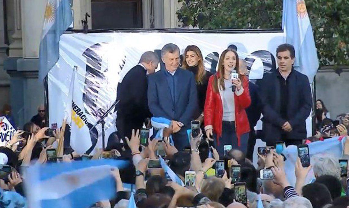 #SiSePuedeBahíaBlanca | Mauricio Macri junto a María Eugenia Vidal volvió a prometer que lo que viene es el empleo y el alivio a fin de mes