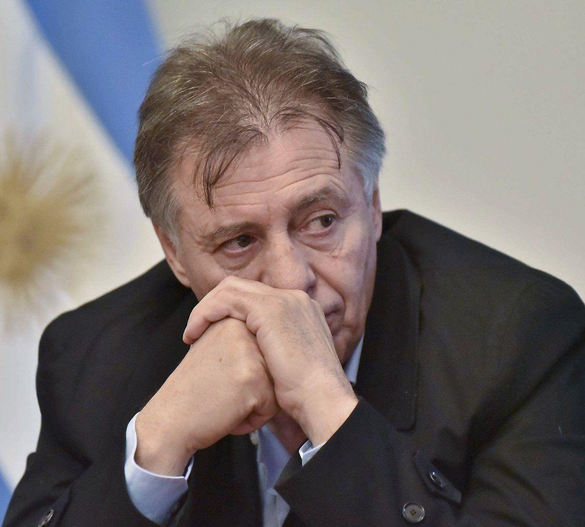 Cristóbal López increpó a un periodista de Comodoro Rivadavia por tratarlo de estafador