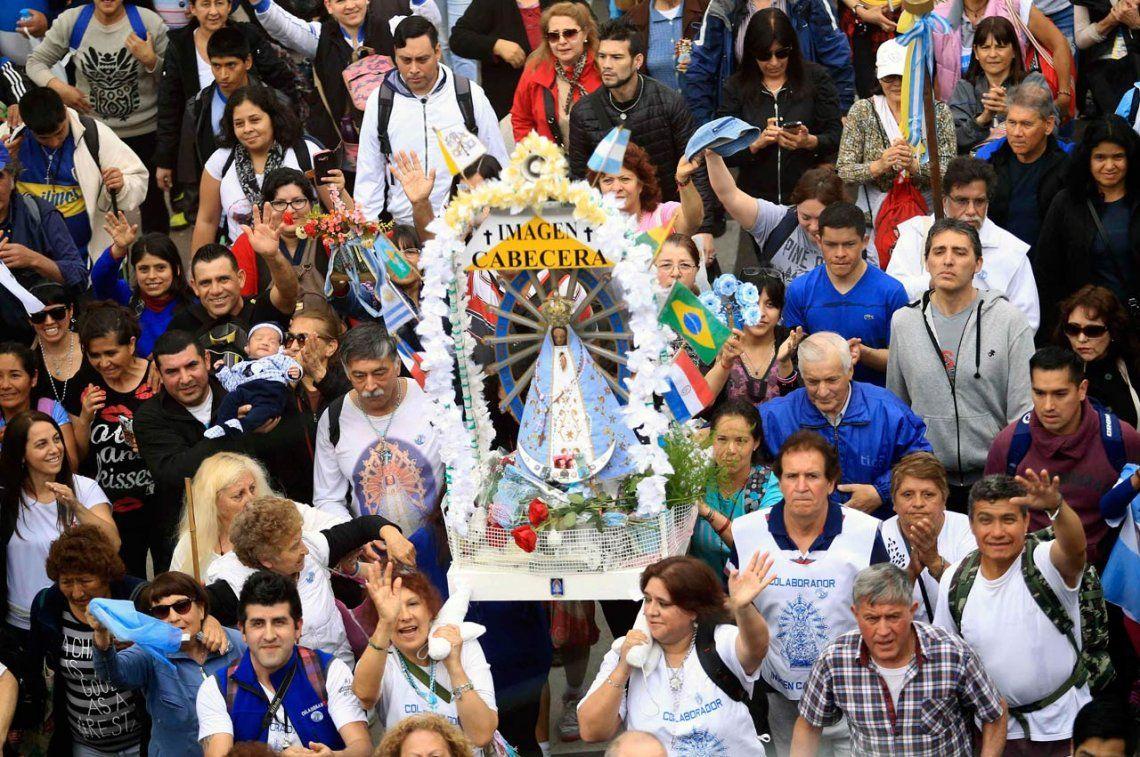 Parte hoy la 45ª Peregrinación Juvenil a pie a Luján