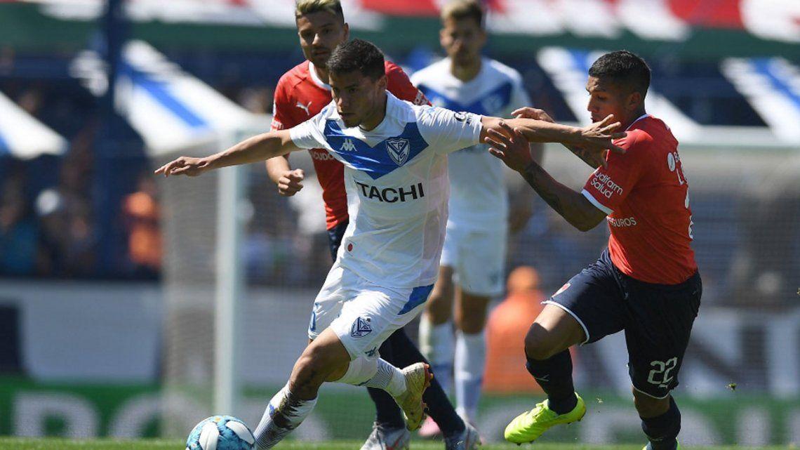Vélez le dio otro cachetazo a Independiente en Liniers y quedó cuarto