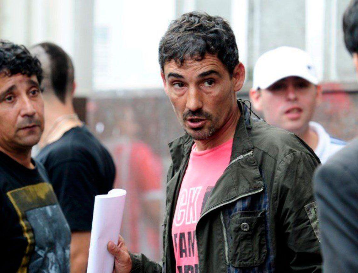 Bebote Álvarez fue condenado a 3 años y medio de prisión por la causa de extorsión de la barra de Independiente contra Holan