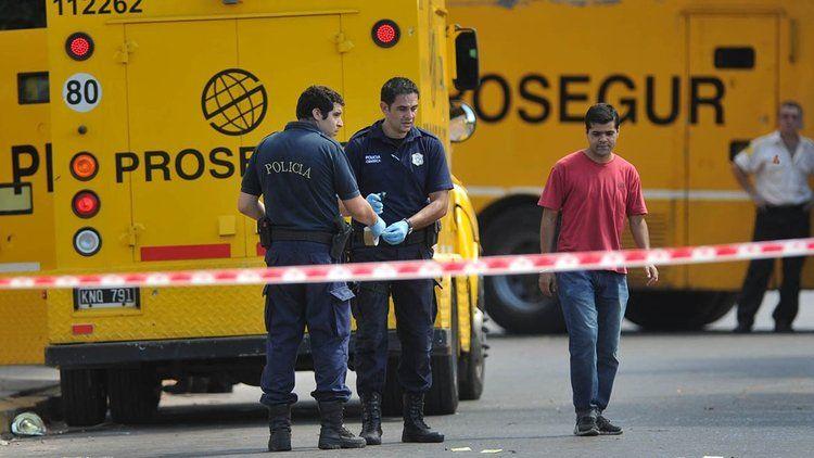 Lomas del Mirador: golpe comando a un camión blindado sin disparar un tiro en una sucursal del banco Supervielle
