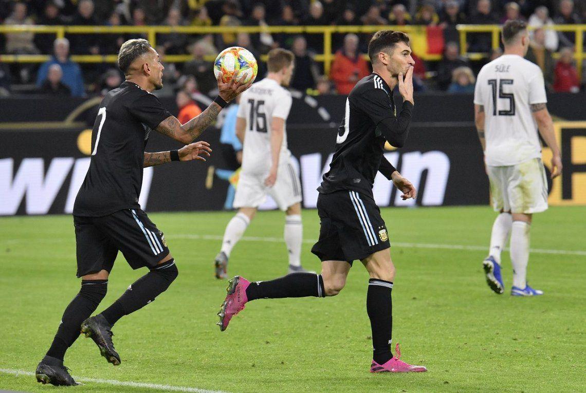 Con dos Lucas, Alario y Ocampos, Argentina empató con Alemania en Dortmund
