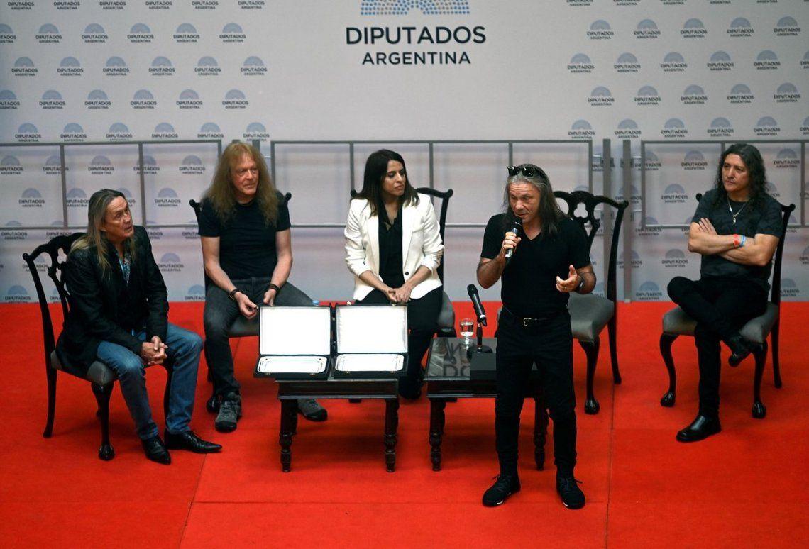 El metal tomó el Congreso: Diputados distinguieron a los históricos Iron Maiden como visitantes ilustres