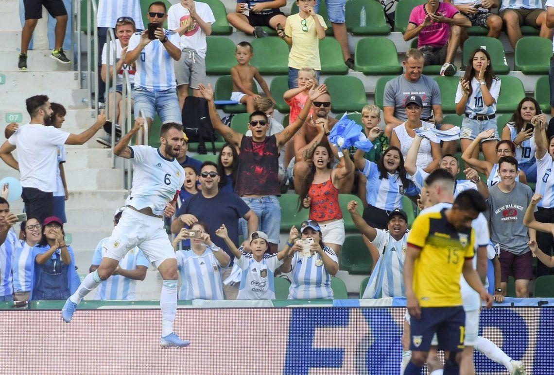 Argentina derroto a Ecuador con gol de Alario