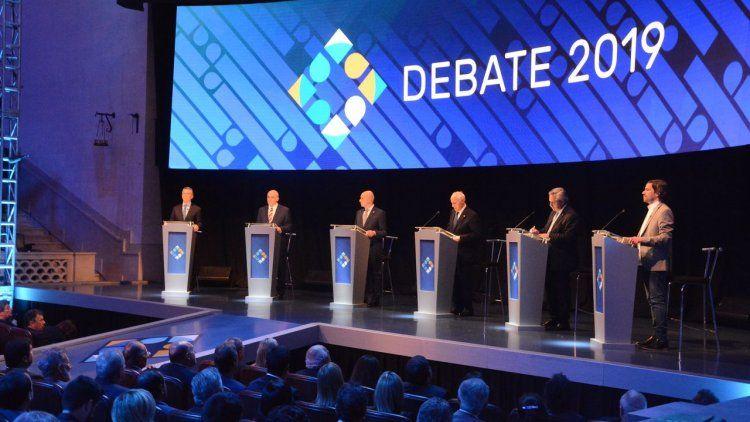 Fernández eligió rivalizar y Macri jugó a defenderse: así fue el debate presidencial