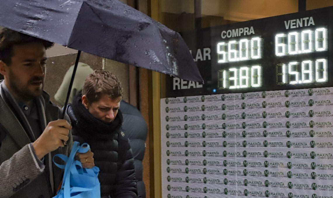 El dólar abrió la semana sin cambios