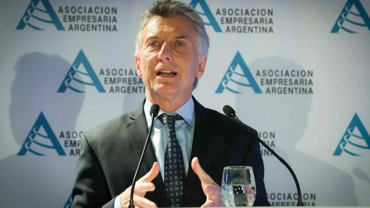 Macri cruzó a Cristina y la acusó de dejar el Banco Central vacío