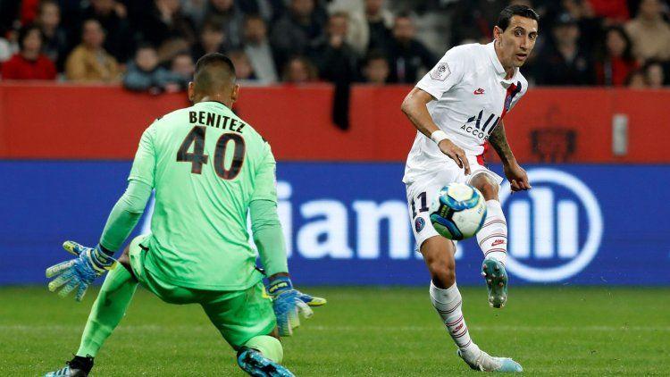 Pura magia: DiMaríametió dos golazos en la victoria del PSG ante Niza
