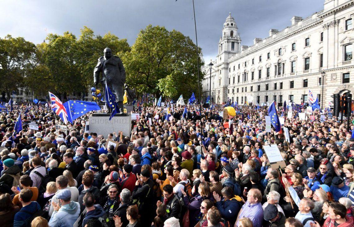 Brexit: el Parlamento británico demoró la decisión final sobre de la salida de la Unión Europea