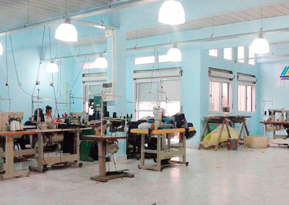 Por día cierran tres textiles y se pierden 50.000 empleos
