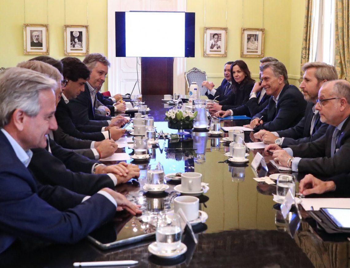 Macri encabezó la última reunión de Gabinete previa a las elecciones.