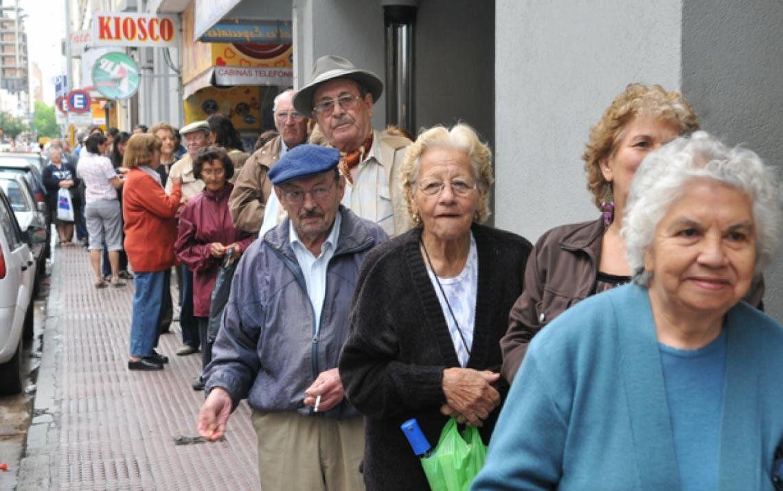 Según un informe, Argentina tiene uno de los peores sistemas jubilatorios